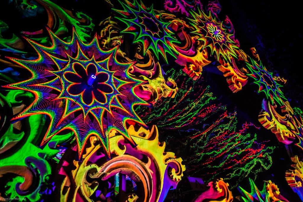 Mimesis Decoration